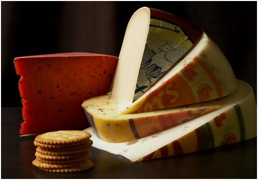franšíza sýry - franšíza se sýry Kaas met Smaak je dobrý podnikatelský záměr voblasti prodeje potravin azejména delikates, sýrárny Kaas mají velký výběr sýrů zEvropy
