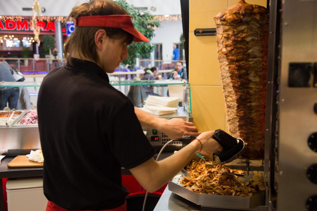Franšíza Mr. Kebab - příprava masa
