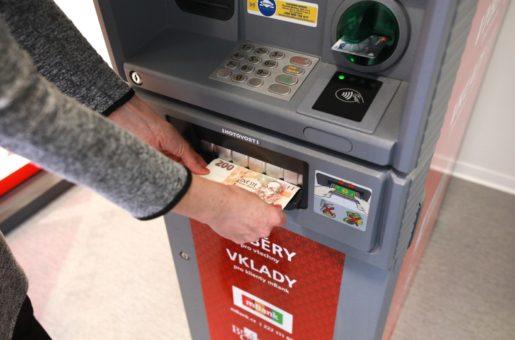 Franšízové pobočky OK POINT nabízí svým klientům řadu výhod. Jednou z nich jsou vkladové bankomaty!