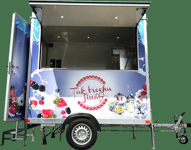pojízdný stánek na zmrzlinu, včetně vybavení - od stroje na zmrzlinu, přes chladící zařízení, suroviny až po naběračky a kornoutky ... Tak trochu jiná točená